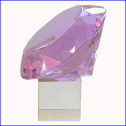Diamond 12cm On Stand Lilac